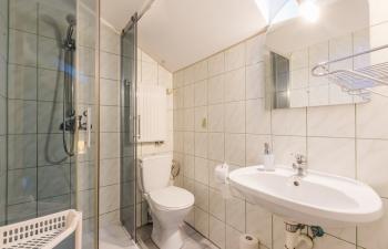 Noclegi na Mazurach, łazienka pokój nr.6, Kamionki